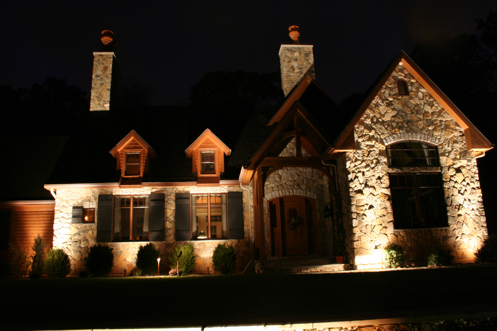 Exterior home lighting outdoor lighting automation contractor landscape lighting installer