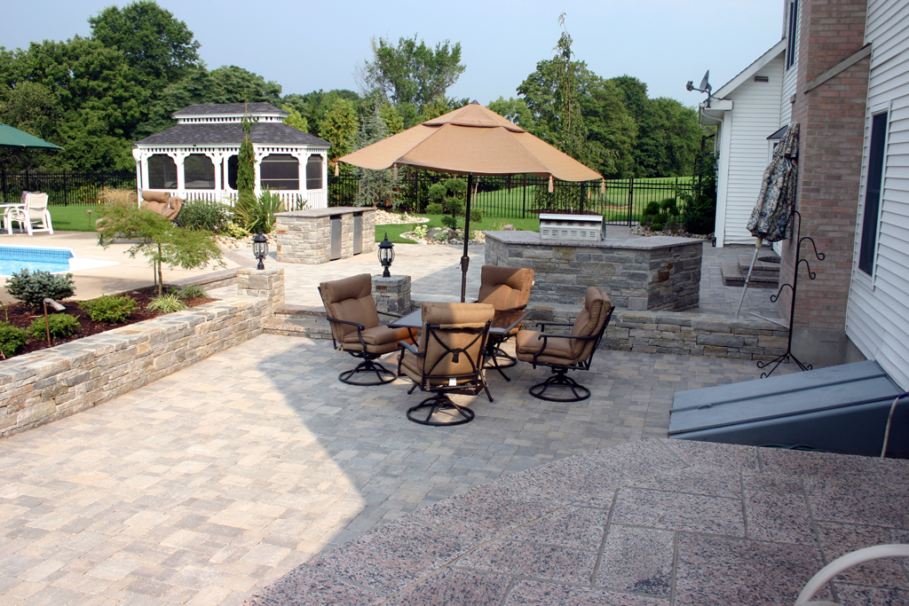 Exceptionnel Preferred Properties Landscaping U0026 Masonry: Patios U0026 Pavers   Nursery,  Outdoor Lighting, Mulch, Gardening, Sod And More!